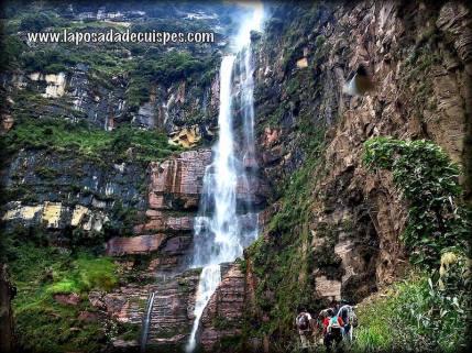 yumbilla-falls-cuispes-chachapoyas-peru-waterfalls-010